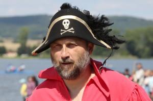7017780-Úštěk_piráti_bitva__jezero_Chmelař_tradiční_bitva_pirátu_2016